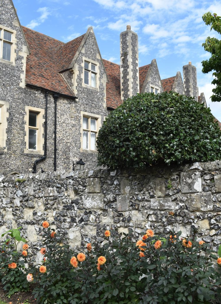 Day Trip to Canterbury, England: Travel & Style Inspiration